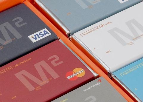 현대카드 IR 웹사이트 리뉴얼 썸네일 입니다.